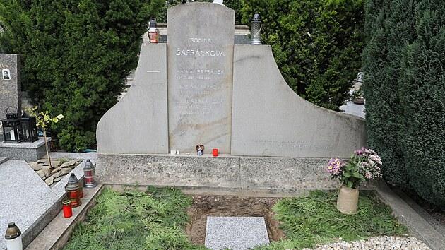 Hrob rodiny Šafránkovy ve Šlapanicích