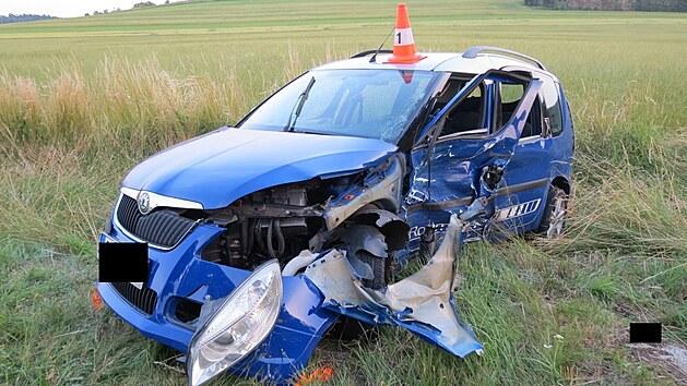 Celková škoda na autech byla předběžně vyčíslena na 200 tisíc korun.