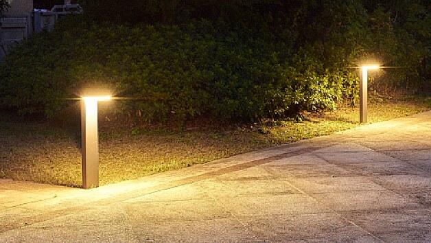 Populární sloupkové osvětlení koupíte i v solární verzi.