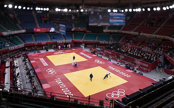 Tokijská hala Budokan, kde bojují o olympijské medaile judisté.