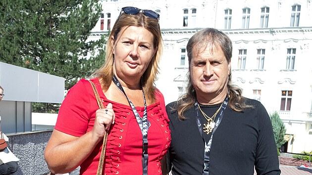 Jitka Prokipčáková a Jaroslav Vávra v rámci delegace soutěžního snímku Láska pod kapotou (25. srpna 2021).