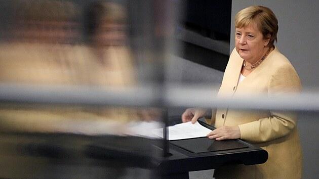 Německá kancléřka Angela Merkelová na půdě Spolkového sněmu (7. září 2021)