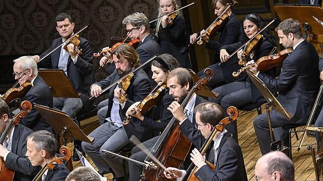 Členové Vídeňskıch filharmoniků na koncertě konaném v rámci Dvořákovy Prahy