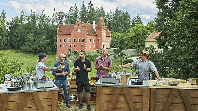 Souboj ve vaření proběhl poprvé mezi Přemkem Forejtem a Janem Punčochářem, a to na naprosto nádherném až pohádkovém místě.