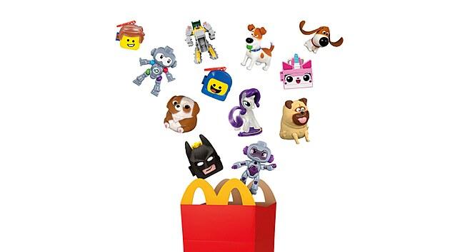 Přechod k udržitelnım hračkám Happy Meal již delší čas probíhá ve Velké Británii a v Irsku, dokončen je ve Francii