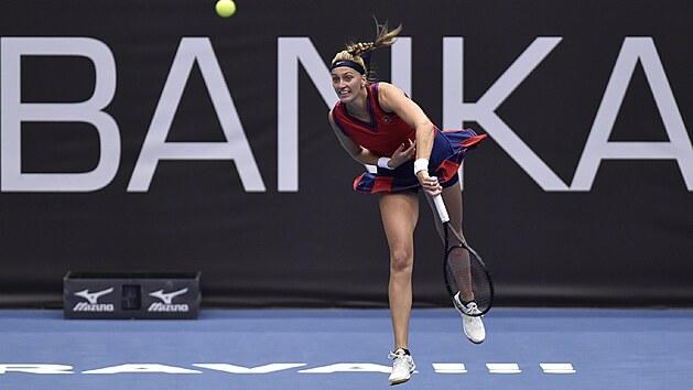 Petra Kvitová v utkání proti Jil Teichmannové ze Švıcarska.