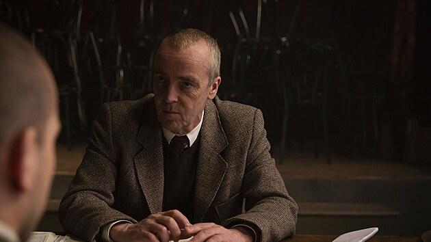 John Hannah ve filmu Zpráva