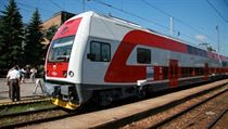 Škoda Transportation reportedly makes a net profit of Kč 60 million on each City Elephant (pictured) suburban train it sells to Czech Railways, which to date has ordered a total of 80