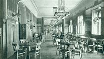 Prague's Café Louvre back at the turn of the 20th century