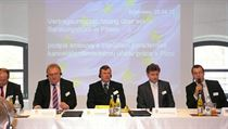 The signing of the agreement paving the way for the German jobs office | na serveru Lidovky.cz | aktuální zprávy