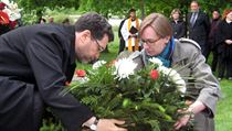 Ambassador Norman Eisen this month laying a wreath at the site of the Czech-run Lety internment camp where hundreds of Roma perished during Nazi rule