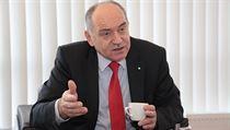 Proč prominentní podnikatel Frolík opustil vládní radu pro vědu 27d6b0b70d