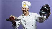 Láďa Hruška o sobě prohlašuje, že není kuchař v pravém slova smyslu.
