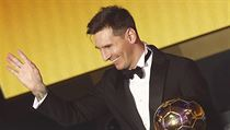 FC Barcelona's Messi receives FIFA Ballon d'Or 2015 during awards ceremony in... | na serveru Lidovky.cz | aktu�ln� zpr�vy