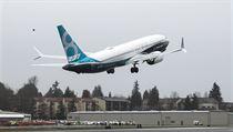 Boeing 737 MAX po startu v americkém Seattlu.