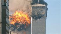 V 9.03 narazilo druhé leradlo do druhé věže World Trade Center.