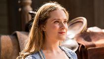 Všechno je tu tak krásné, myslívala si o Westworldu Dolores (Evan Rachel...