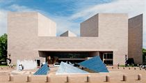 Vıchodní budovu galerie navrhl americkı architekt čínského původu Ieoh Ming...