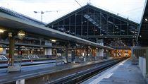 Prázdnéí nástupiště nádraží Gare de Lyon v Paříži, kde pokračuje stávka...
