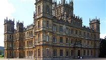 Exteriér budovy byl využit pro natáčení seriálu Panství Downton.
