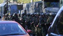Ruští vojáci v krymské Kerči.