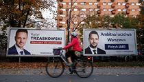 Volební billboardy Rafala Trzaskowského a Patryka Jakiho, kteří jsou hlavními...