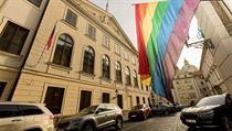 V Poslanecké sněmovně se projednával návrh o stejnopohlavním manželství.