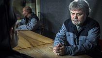 Hlavní padouch Željko (IvoTrajkov), kterı v první sérii zabil bratra...