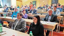 V Karlovarském kraji se sešli zástupci státní správy, starostové či ...