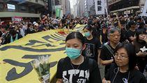 V Hongkongu dle organizátorů demonstrovaly skoro dva miliony lidí.