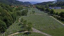 Památník ve Srebrenici.