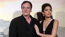 Quentin Tarantino se svou ženou Daniellou Pickovou na italské premiéře filmu...