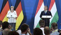 Německá kancléřka Angela Merkelová a maďarskı premiér Viktor Orbán si v pondělí...