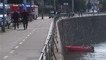 Ve Vltavě u Podolského nábřeží v Praze 2 byly v neděli dopoledne nalezeny dva...