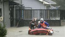 Zaplavená rezidenční čtvrť v Japonsku