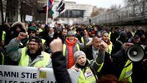 V pořadí padesátá šestá demonstrace žlutıch vest