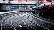 Ve Francii jezdí asi 15 až 20 procent vlaků. Stávkují zaměstnanci státní...