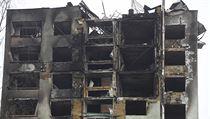 Panelovı dům v Prešově po vıbuchu plynu a následném požáru.