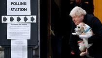 Boris Johnson vychází z volební místnosti.