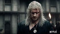 Geralt z Rivie v seriálu Zaklínač.
