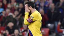 Barcelona se utápí v problémech