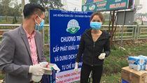 Podle agentury Reuters je z města Son Loi hlášeno 11 z 16 vietnamskıch případů...