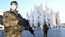 Vojáci v Miláně.