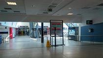 Letiště Václava Havla zeje prázdnotou, ČSA rozlétávají první linky.