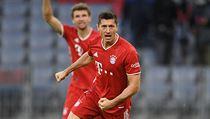 Robert Lewandowski slaví gól