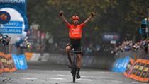 Josef Černı vybojoval na Giru d'Italia první české etapové vítězství po osmi...