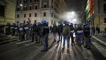 Od pondělí budou v Itálii platit nové restrikce, které mají pomoci v boji s...