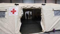 V připravované polní nemocnici v pražskıch Letňanech společnost Linet ve...