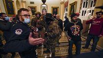 V Kapitolu bylo zadrženo minimálně 20 demonstrantů, číslo se bude zřejmě ještě...