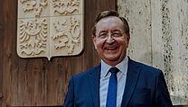 Novım ministrem zdravotnictví byl jmenován Petr Arenberger.